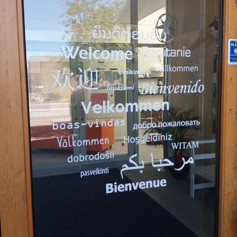 Velkommen - Folie til døre, vægge og vinduer-22462